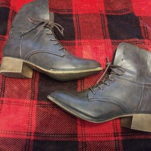 Bella Marie Granny Boots size 10